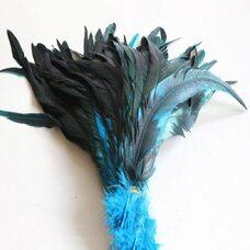 Перья петуха с отливом 30-35 см. Голубой цвет