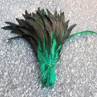 Перья петуха двухцветные 30-35 см.Зеленый цвет