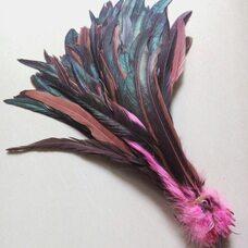 Перья петуха с отливом 30-35 см.Розовый цвет
