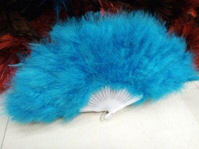 Веер из перьев Индейки - Голубой цвет
