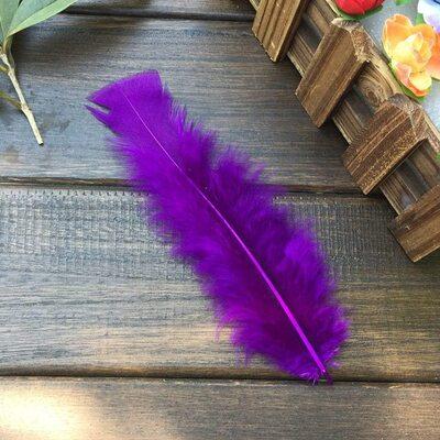 Плоские перья индейки 12-18 см. 20 шт. Фиолетовый цвет