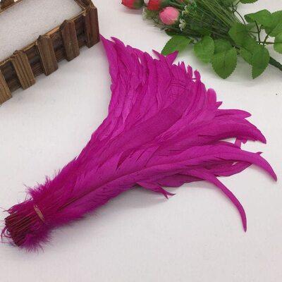 Перья петуха 30-35 см. 1 шт. Фуксия