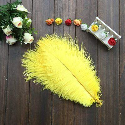 Перья страуса 30-35 см. Желтый цвет