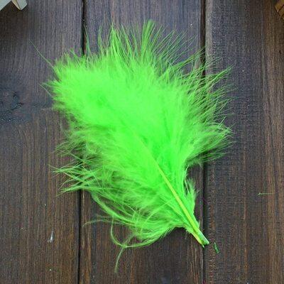 Перья марабу (лебяжьи) 10-16 см. 20 шт. Салатового цвета