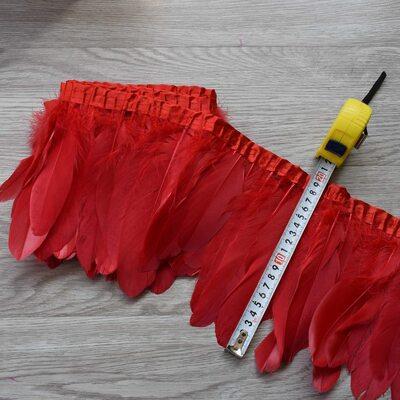 Тесьма из перьев гуся 15-20 см, 1м. Красный цвет