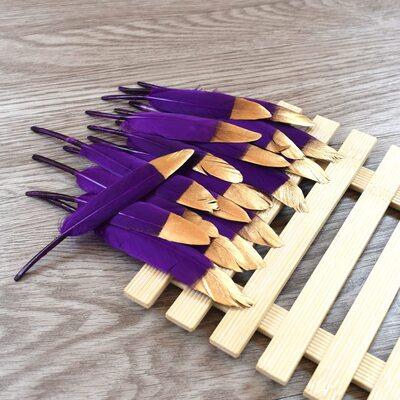 Перья утиные 10-15 см. 20 шт. Фиолетовые с золотом