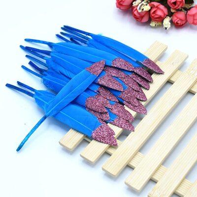 Перья утиные 10-15 см. 20 шт. Голубые с розовым кончиком