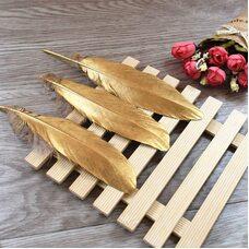 Пушистые перья гуся 15-20 см, 10 шт. Золотого цвета