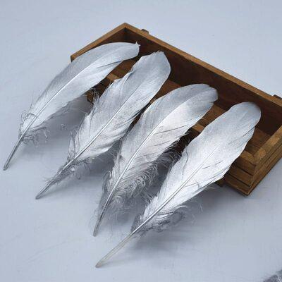 Пушистые перья гуся 15-20 см, 10 шт. Серебряного цвета