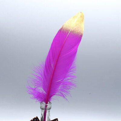 Пушистые перья гуся 15-20 см, 10 шт. Фуксия с золотым кончиком