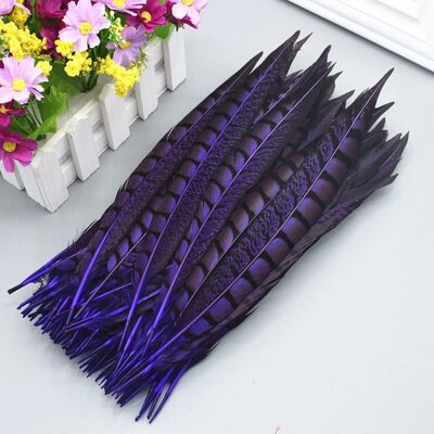 Перья алмазного фазана 23-28 см. 1 шт. Фиолетовый цвет