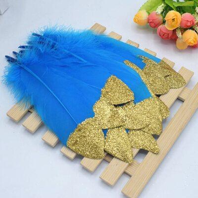 Пушистые перья гуся 15-20 см, 10 шт. Голубые с золотой крошкой