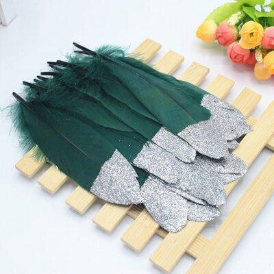 Пушистые перья гуся 15-20 см, 10 шт. Темно-зеленого цвета с серебрянной крошкой