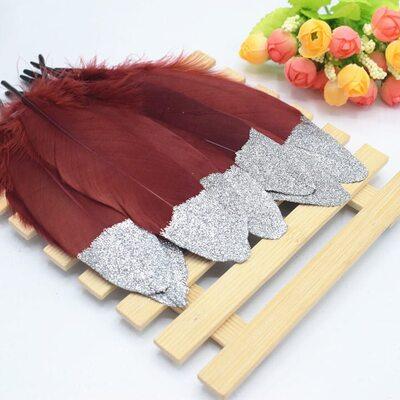 Пушистые перья гуся 15-20 см, 10 шт. Красное вино с серебрянной крошкой