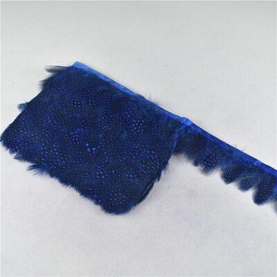 Тесьма из перьев цесарки 6-10 см, 1м. Синего цвета