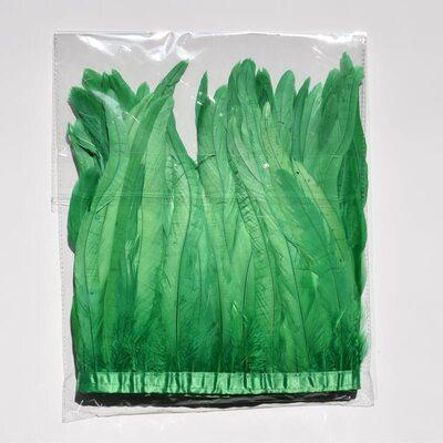 Тесьма из перьев петуха на ленте 25-30 см. Зеленый цвет
