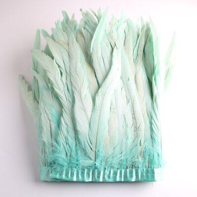 Тесьма из перьев петуха на ленте 25-30 см. Мятный цвет