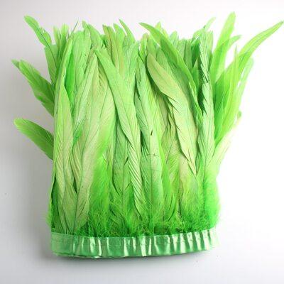 Тесьма из перьев петуха на ленте 25-30 см. Салатовый цвет
