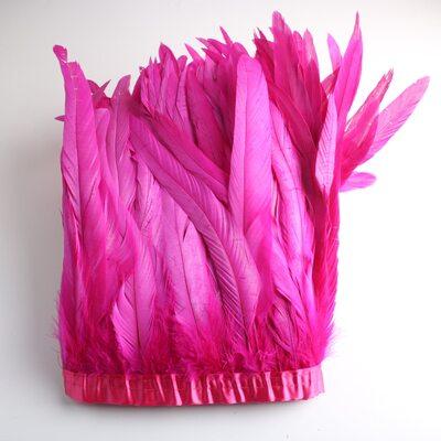 Тесьма из перьев петуха на ленте 25-30 см. Фуксия