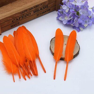 Перья утиные 10-15 см. 20 шт. Оранжевый цвет